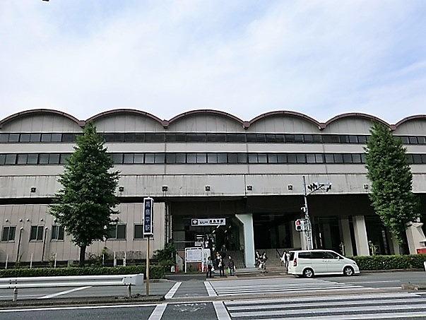 高島平駅東口(南側)